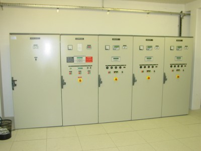 Installation de 3 groupes electrogenes a l'hopital Necker a paris